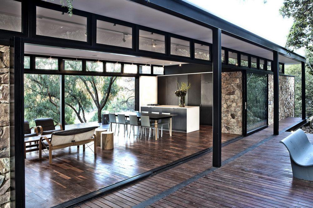 Nhà khung thép được ứng dụng rộng rãi trong các công trình nhà ở biệt thự, các khu resort cao cấp