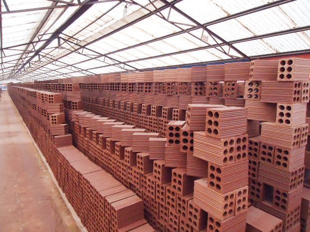 Gạch rỗng 6 lỗ nung là loại gạch xây nhà gạch phổ biến và khá được nhiều người ưa chuộng