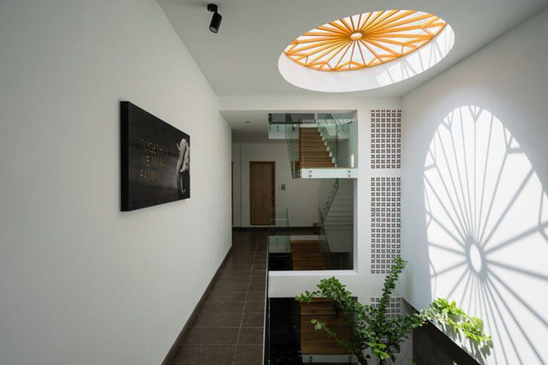 Vị trí đặt giếng trời phải đảm bảo thông thoáng cho cả ngôi nhà
