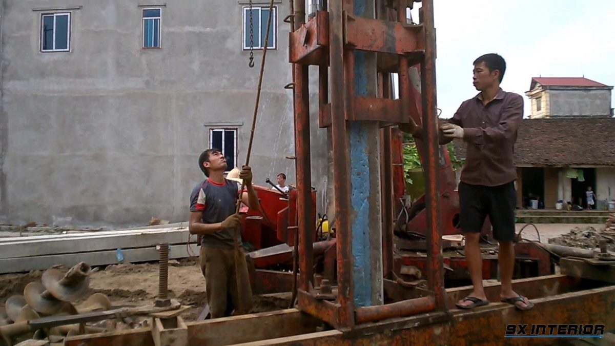Giai đoạn ép cọc bê tông cốt thép khi thi công móng cọc