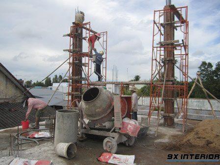Cần lên phương án tính toán đầy đủ các nguồn lực, máy móc, thiết bị đảm bảo quy trình đổ bê tông được diễn ra thuận lợi nhất