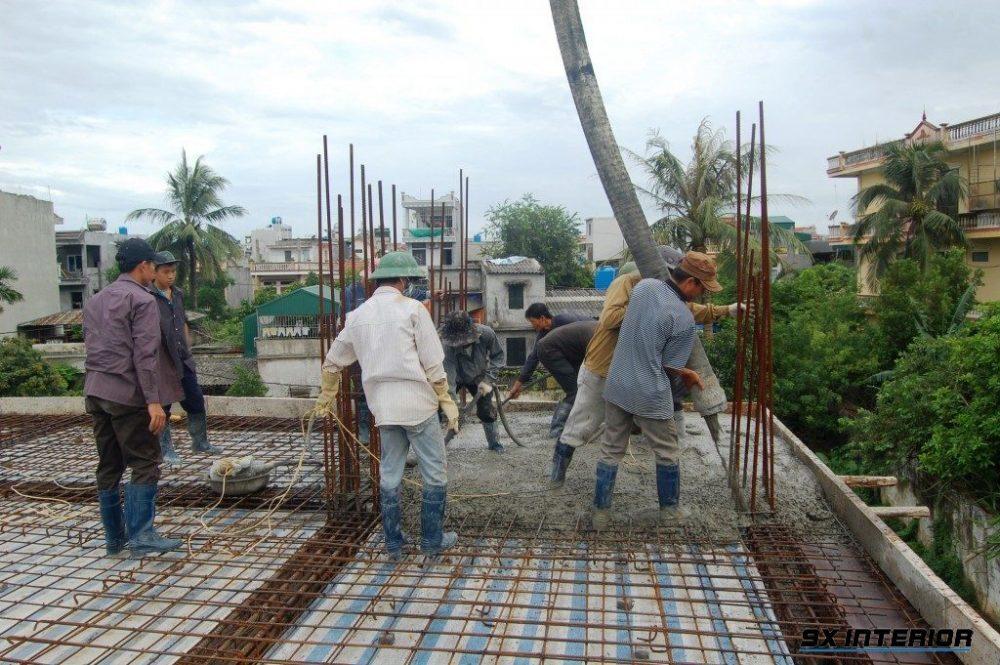 Đổ bê tông cột là công đoạn đóng vai trò quan trọng trong bất kỳ công trình xây dựng nào