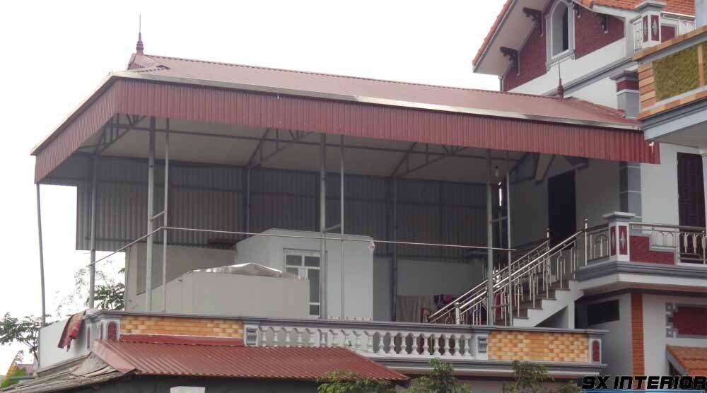 Mái tôn là vật liệu lợp được ưa chuộng sử dụng trong xây dựng nhà ở hiện nay