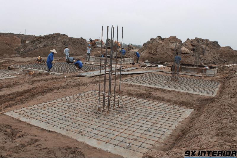 Khảo sát địa chất và điều kiện đất nền là khâu không thể bỏ qua trong quy trình làm móng nhà