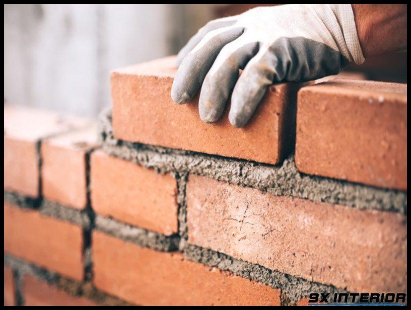 Khi thi công tường gạch không được phép xây các viên gạch vỡ hình thang, hình tam giác ở góc khối xây