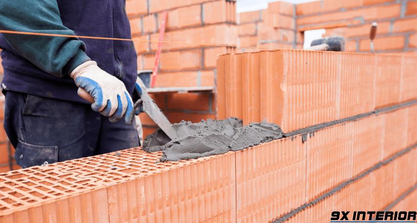 Quá trình xây tường phải đảm bảo độ bền vững và an toàn khi thi công