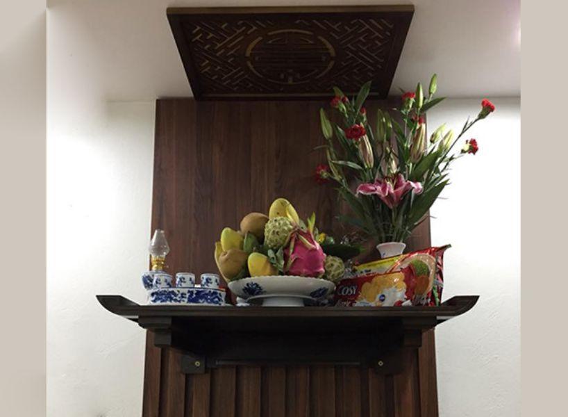 Mẫu bàn thờ treo tường đẹp 01