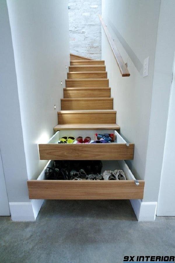 Mẫu tủ giày kết hợp cầu thang