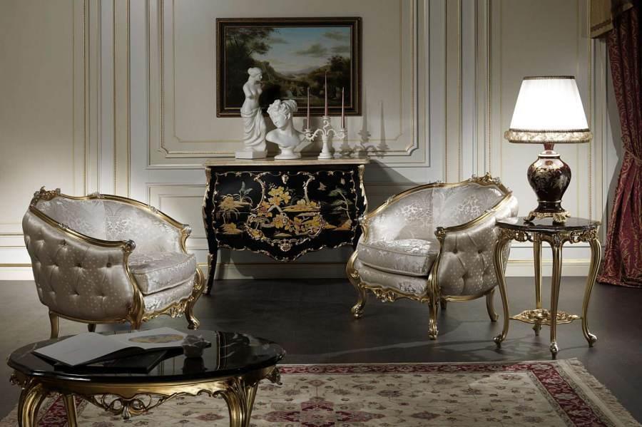 Những chi tiết đường viền uốn cong, mạ vàng sáng bóng trở thành đặc trưng của đồ nội thất cổ điển