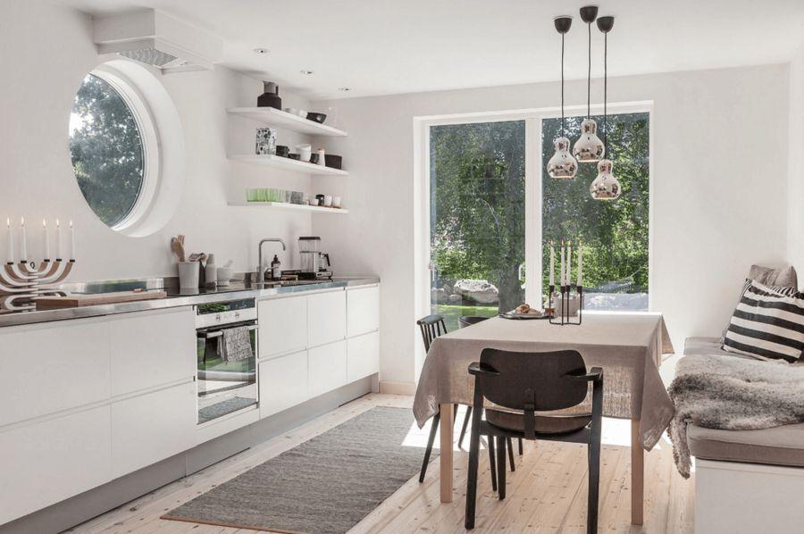 Tủ bếp tối giản màu trắng