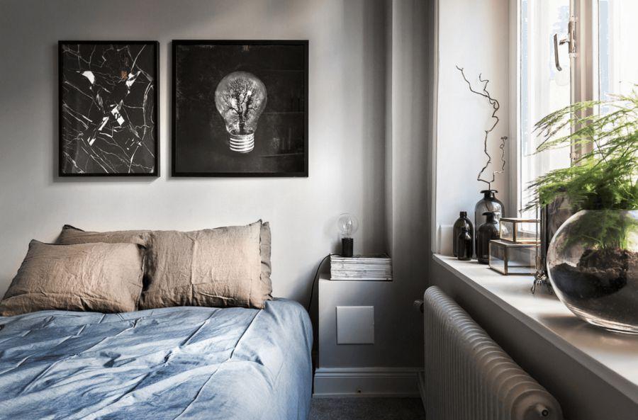 Phòng ngủ tối giản với những mảng màu trầm nhưng vô cùng cuốn hút