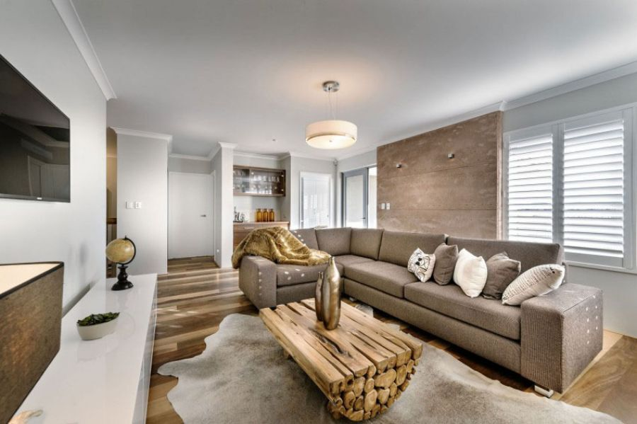Phòng khách cách điệu với bàn trà từ gỗ tự nhiên ghép thanh