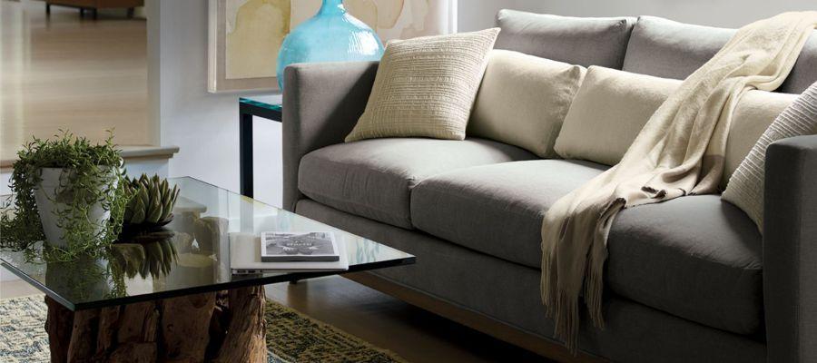 Còn nếu diện tích không cho phép thì hãy lựa chọn những bộ sofa văng nhẹ nhàng thế này bạn nhé